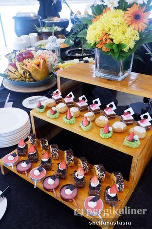 Foto 6 - Makanan di Canting Restaurant - Teraskita Hotel managed by Dafam oleh Shella Anastasia