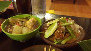 Foto 4 - Makanan(sayur asem dan pecel) di Waroeng SS oleh Eunice