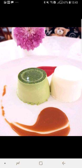 Foto 2 - Makanan di Lewis & Carroll Tea oleh heiyika