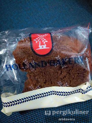 Foto 3 - Makanan di Holland Bakery oleh Vera Arida