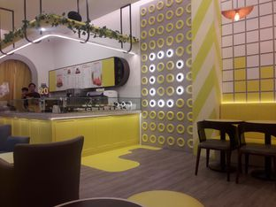 Foto 5 - Interior di Dots Donuts oleh Nadia Indo
