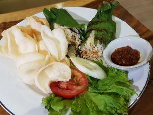 Foto 5 - Makanan di Petrichor Cafe & Bistro oleh Amrinayu