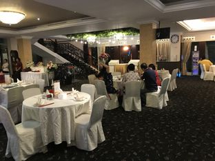 Foto 7 - Interior di Central Restaurant oleh Oswin Liandow