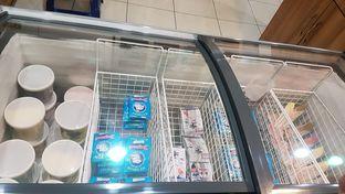 Foto 4 - Interior di La Casa Ice Cream Zangrandi oleh Lid wen