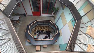 Foto 3 - Interior di New Lareine Coffee oleh Sri Yuliawati