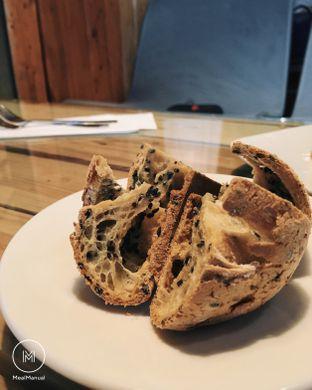 Foto 2 - Makanan(Mochi Mochi) di Red Blanc Coffee & Bakery oleh Laurent C (@MealManual)