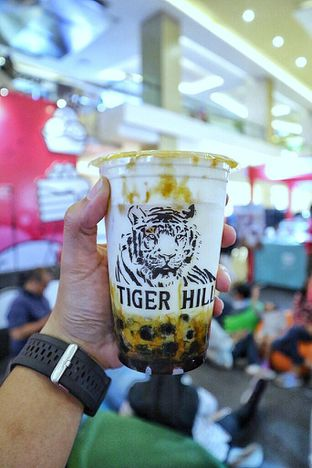 Foto review Tiger Hill oleh Couple Fun Trip & Culinary 1