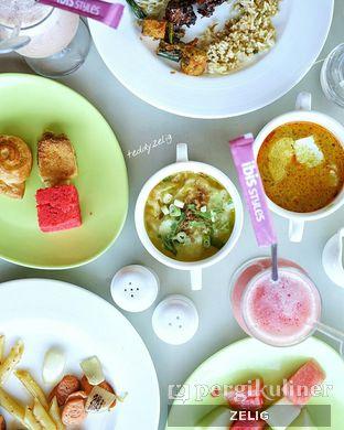 Foto 1 - Makanan di sTREATs Restaurant - Ibis Styles Sunter oleh @teddyzelig