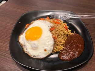 Foto 1 - Makanan di BoBaL oleh Andre sudjongo