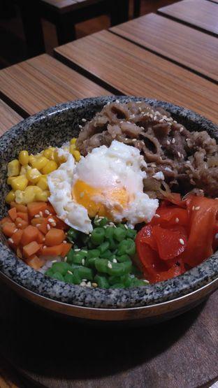 Foto 2 - Makanan di Hajime Ramen oleh Sandra Licia