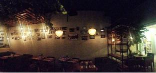 Foto 9 - Interior di Pho 24 oleh Astrid Huang   @biteandbrew