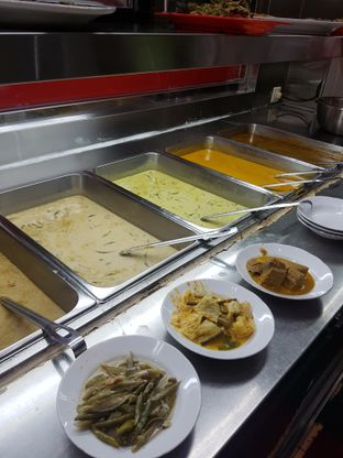 Foto 2 - Makanan di RM Indah Jaya Minang oleh Yuli || IG: @franzeskayuli