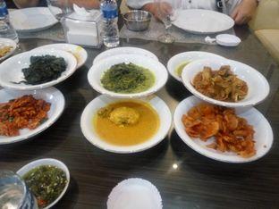 Foto 2 - Makanan di RM Pangeran Khas Minang oleh Jef