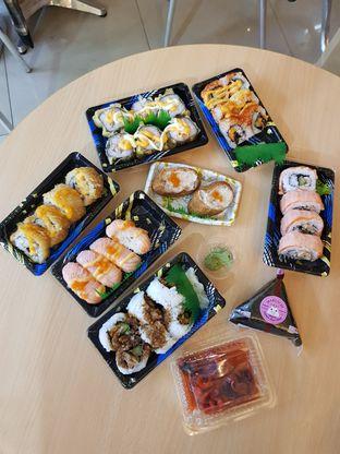 Foto 1 - Makanan di AEON Sushi Dash & Go oleh Clara Yunita