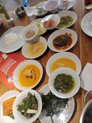 Foto - Makanan di Padang Merdeka oleh Sisil Kristian