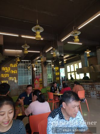 Foto Interior di Ayam Kremes Kraton