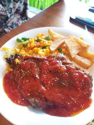 Foto 2 - Makanan(Sirloin NZ BBQ Sauce) di Abuba Steak oleh Anasnass @anasmarch