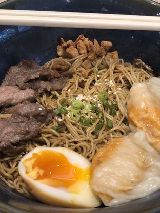 Foto 2 - Makanan(Beef Soy Noodle) di Wan Treasures oleh YSfoodspottings