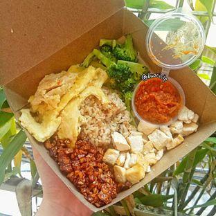 Foto - Makanan(nasi peranakan) di Klean Bowl oleh duocicip
