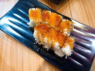 Foto 1 - Makanan(California Roll) di Ramen & Sushi Express oleh Ratu Aghnia