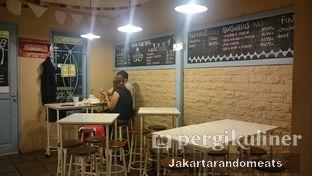 Foto 4 - Interior di Taco Cantina oleh Jakartarandomeats
