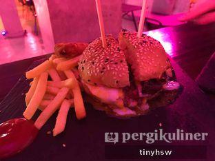 Foto 1 - Makanan di Dope Burger & Co. oleh Tiny HSW. IG : @tinyfoodjournal
