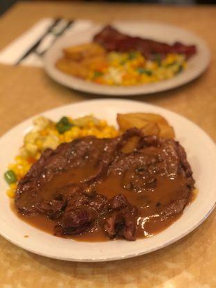 Foto 1 - Makanan di Abuba Steak oleh @Perutmelars Andri