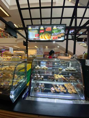 Foto review Bakery Hotel Ciputra oleh Riani Rin 13