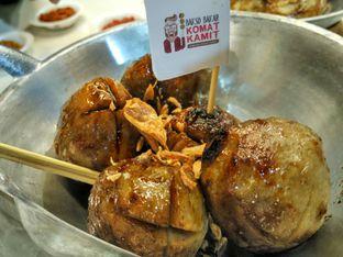 Foto 1 - Makanan di Bakso Bakar Komat Kamit oleh D L