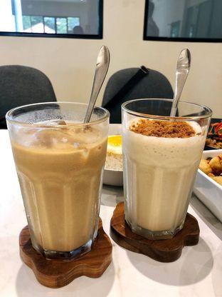 Foto 7 - Makanan di Komune Cafe oleh kdsct
