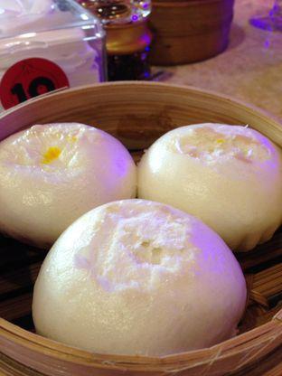 Foto 3 - Makanan(Pao Telor Asin) di Wang Fu Dimsum oleh awakmutukangmakan