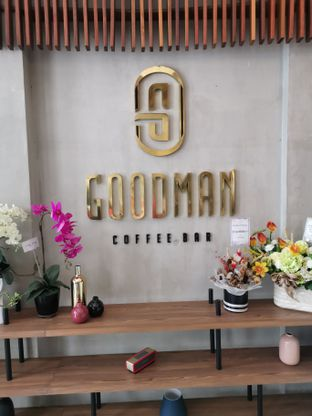 Foto 1 - Interior di Goodman Coffee Bar oleh Angela Debrina