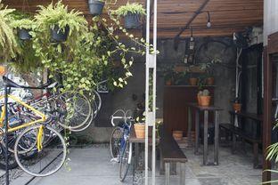 Foto 4 - Eksterior di Sana Coffee oleh yudistira ishak abrar