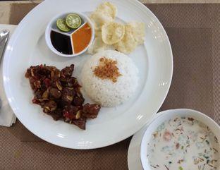 Foto 3 - Makanan di Revel Cafe oleh Ulee