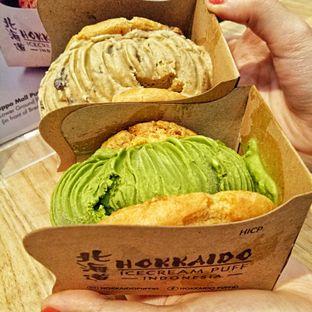 Foto 2 - Makanan(sanitize(image.caption)) di Hokkaido Icecream Puff oleh felita [@duocicip]