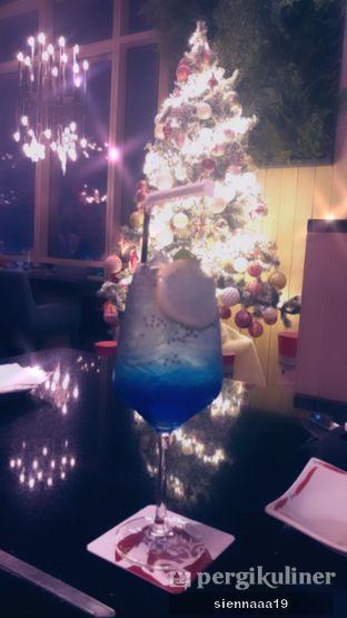 Foto 11 - Makanan(Blue Lagoon Mocktail) di Momozen oleh Sienna Paramitha