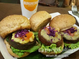 Foto 4 - Makanan di Burgreens Express oleh Wiwis Rahardja