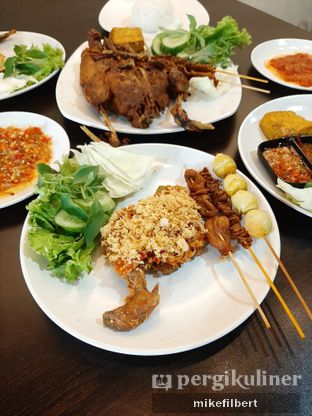 Foto 3 - Makanan di Bebeke Om Aris oleh MiloFooDiary | @milofoodiary