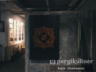 Foto Interior di Contrast Coffee