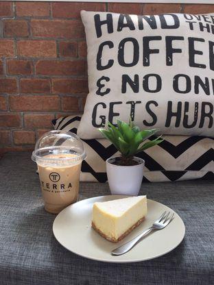 Foto 3 - Makanan di Terra Coffee and Patisserie oleh Prido ZH