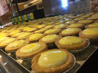 Foto review Hokkaido Baked Cheese Tart oleh Ira Anggraeni 1