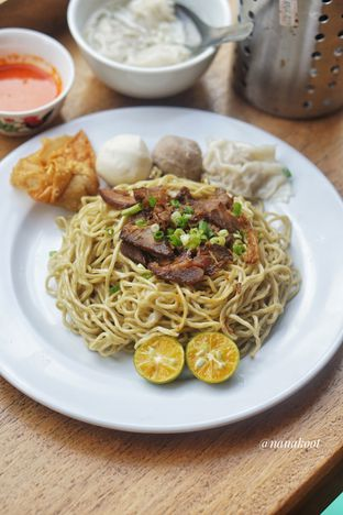 Foto 2 - Makanan di Mie Onlok Palembang oleh Nanakoot