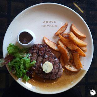 Foto 1 - Makanan di Above and Beyond oleh Chris Chan