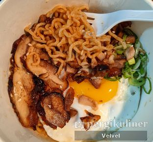 Foto 1 - Makanan(Spicy Dry Ramen) di Ramen ten ten oleh Velvel