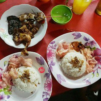 Foto Makanan di Nasi Uduk Ayam Goreng Remaja Cikini