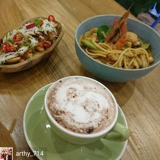 Foto 3 - Makanan(Tom Yum Seafood Linguine) di Caffe Pralet oleh arthy_714