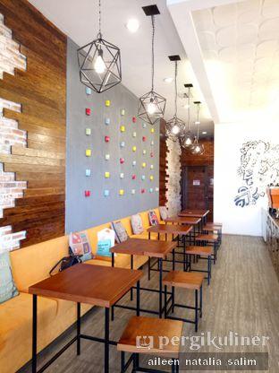 Foto 4 - Interior di Northsider Coffee Roaster oleh @NonikJajan