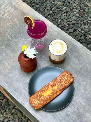 Foto review Emily Coffee Society oleh yudistira ishak abrar 1