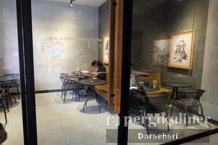 Foto review Starbucks Coffee oleh Darsehsri Handayani 5