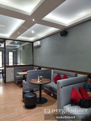 Foto 6 - Interior di Tavor Cafe oleh MiloFooDiary   @milofoodiary